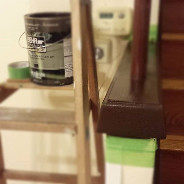 COFFEEUFEEL - I go hard in the paint! Going from blah blah blah brown to #HavanaCoffee using behrpaint #premiumplusultra #painting #homerenovation #trim